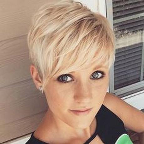 Leuke korte kapsels on Pinterest | Pixie Cuts Pixie Haircuts and