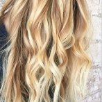 Blonde meches in blond haar